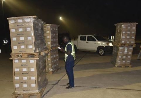 2019 Election:?Nigerian Air Force begins airlift of election?materials for INEC (Photos)