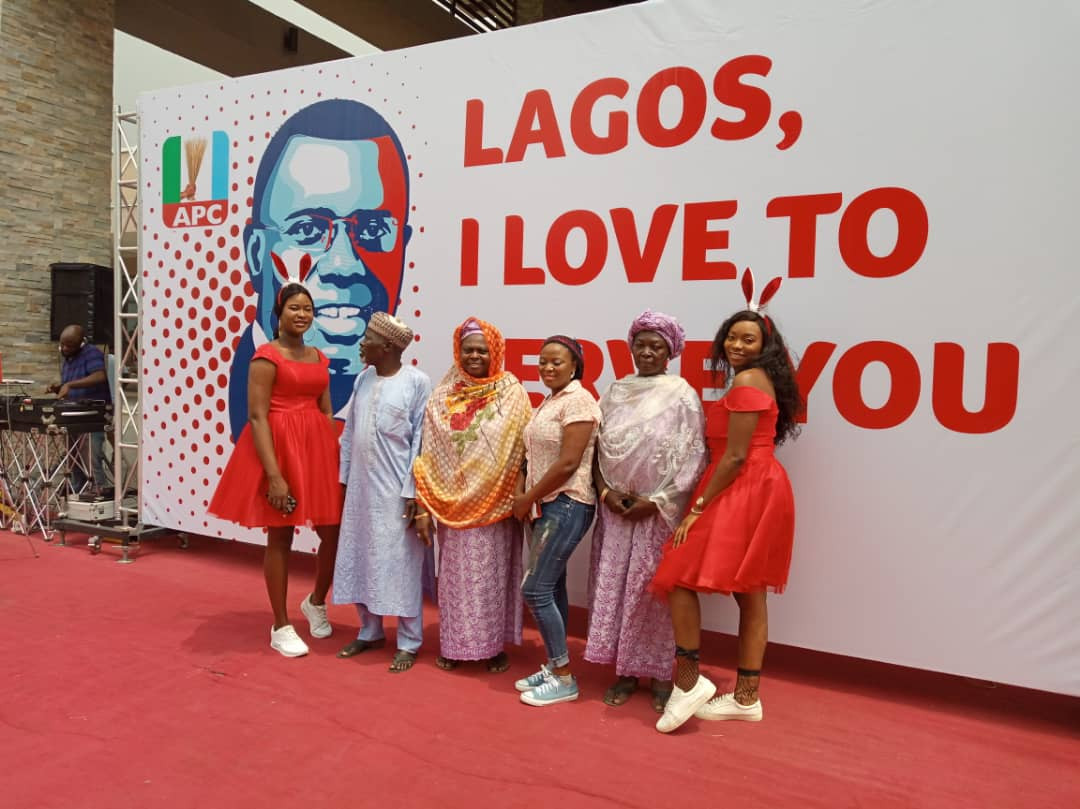 #SanwoLovesLagos: Sanwo-Olu celebrates Valentine?s Day with Lagosians, assures of quality service