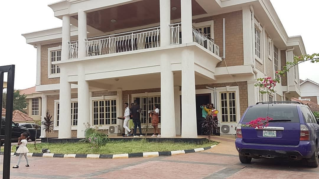 Check out the new mansion comedian Akpororo just acquired (photos)