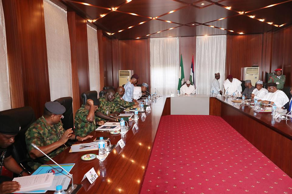 Photos: President Buhari in closed door meeting with IGP. Service Chiefs, Northern governors