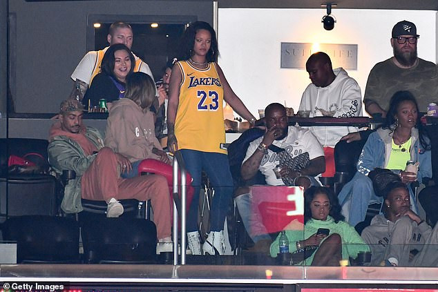 Rihanna and her billionaire boyfriend Hassan Jameel pictured together at star-studded Los Angeles Lakers game (Photos)