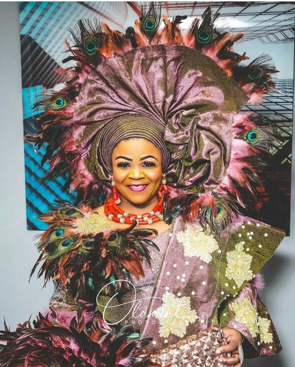 Photos: Flamboyant Nigerian woman takes Gele to a whole new level as she steps out for her thanksgiving celebration in London