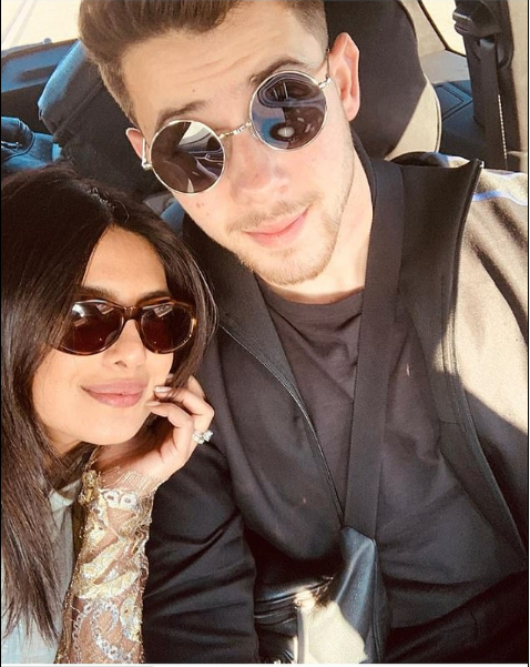 Priyanka Chopra And Nick Jonas Pose Together In Cute Selfie As They Return To India