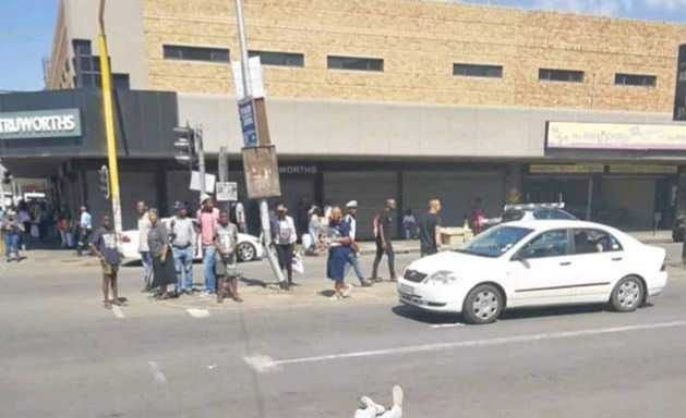 Photo: White woman shoots man who tried to rob her in South Africa