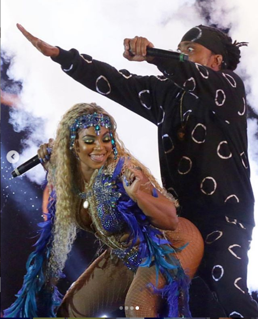 Steamy photos of Ashanti and Trinidadian singer Machel Montano on stage