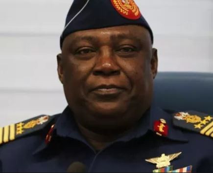 Court terminates charges against late Chief of Defense Staff, Alex Badeh. His estate forfeits $1m, houses to FG