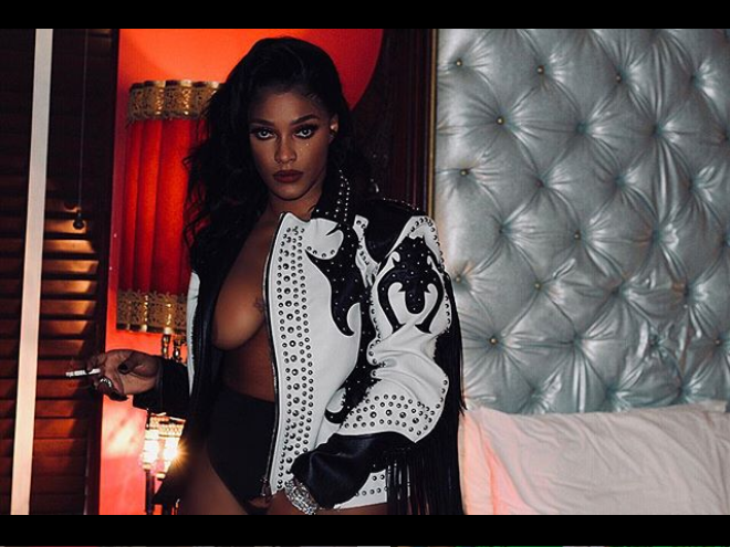 Braless Joseline Hernandez flaunts her boobs in sultry Instagram photos