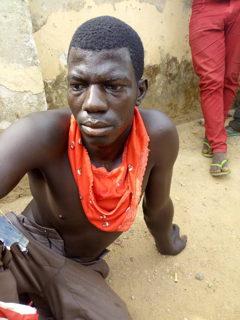 Vulcanizer caught stealing pants in Abuja