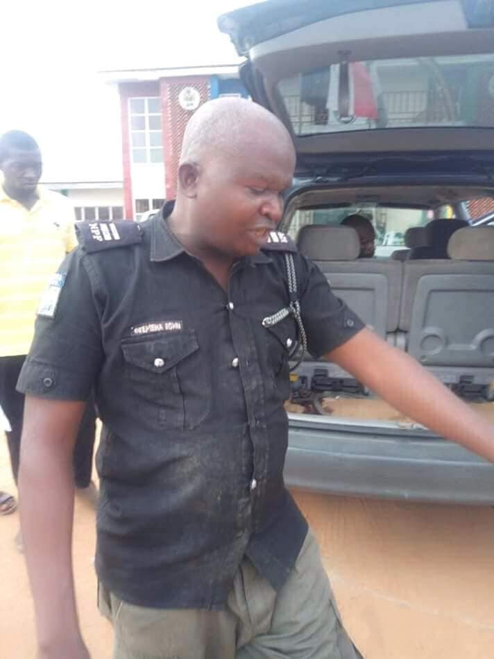 Photos: Vigilante group members rescue kidnapped mobile police officer in Rivers