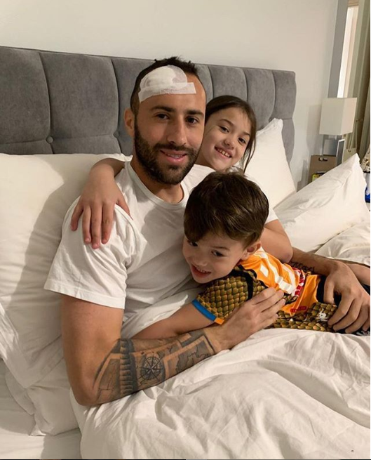 Arsenal loaned goalkeeper David Ospina discharged from hospital after head collision