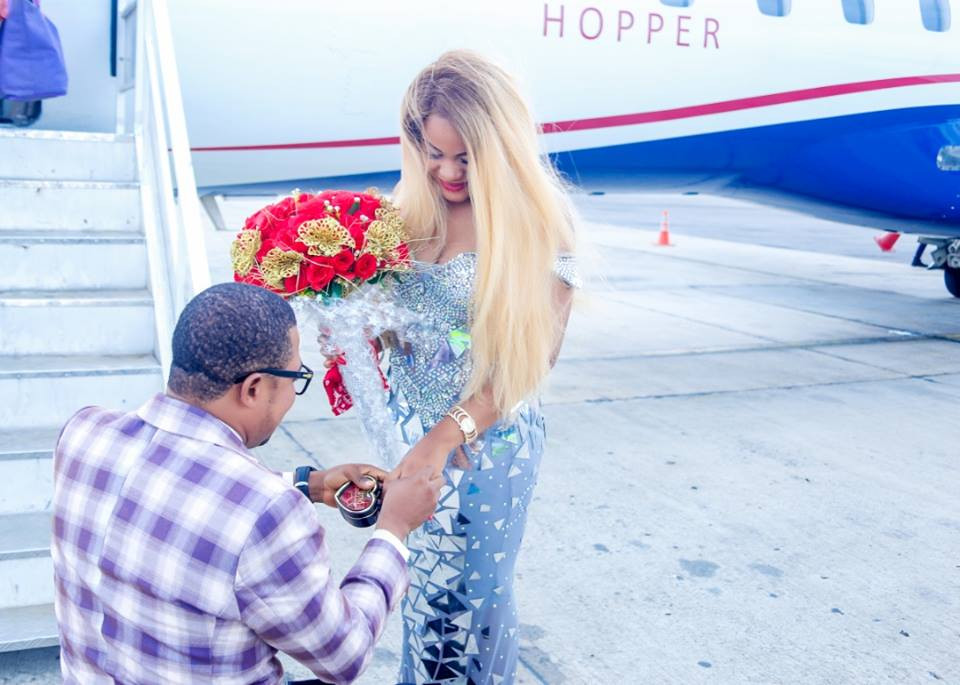 Photos: Man proposes to his girlfriend on Asaba airport tarmac