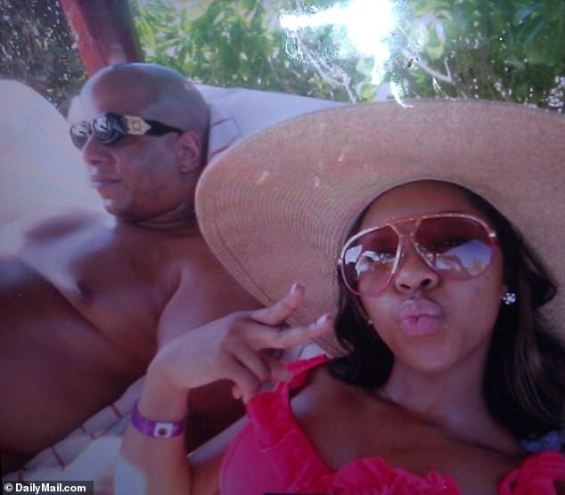 New intimate photos of Wendy Williams