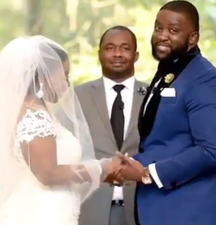 Nigerian groom delivers moving wedding vows to his bride and social media  users can't stop talking about it