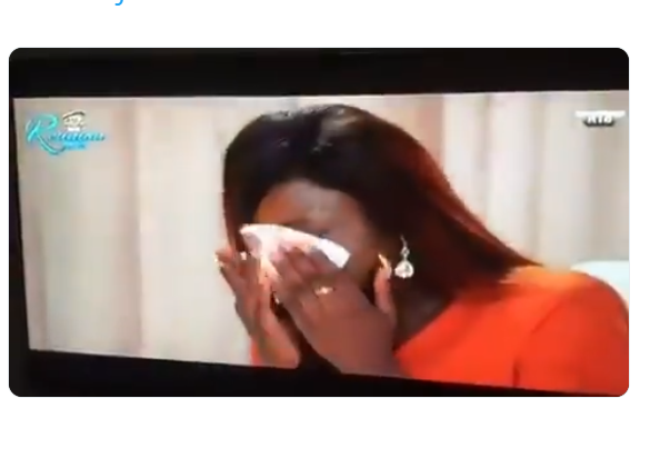 #BBNReunion: Alex bursts into tears and walks out after Cee-C revealed to the World that she had sex with Tobi in SA after the show (Videos)