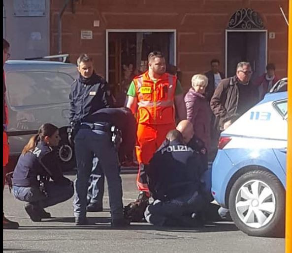 Italian police officers prevent another Nigerian man from?committing suicide at Genova train station