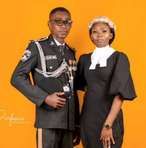 Viral pre-wedding photos of a Nigerian police officer and lawyer