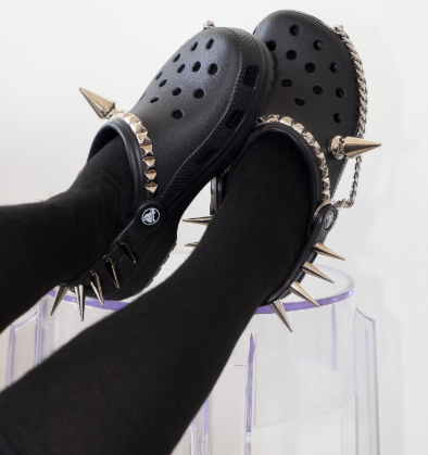 Will you rock these punk crocs with spikes and chain that web users are crazy about?