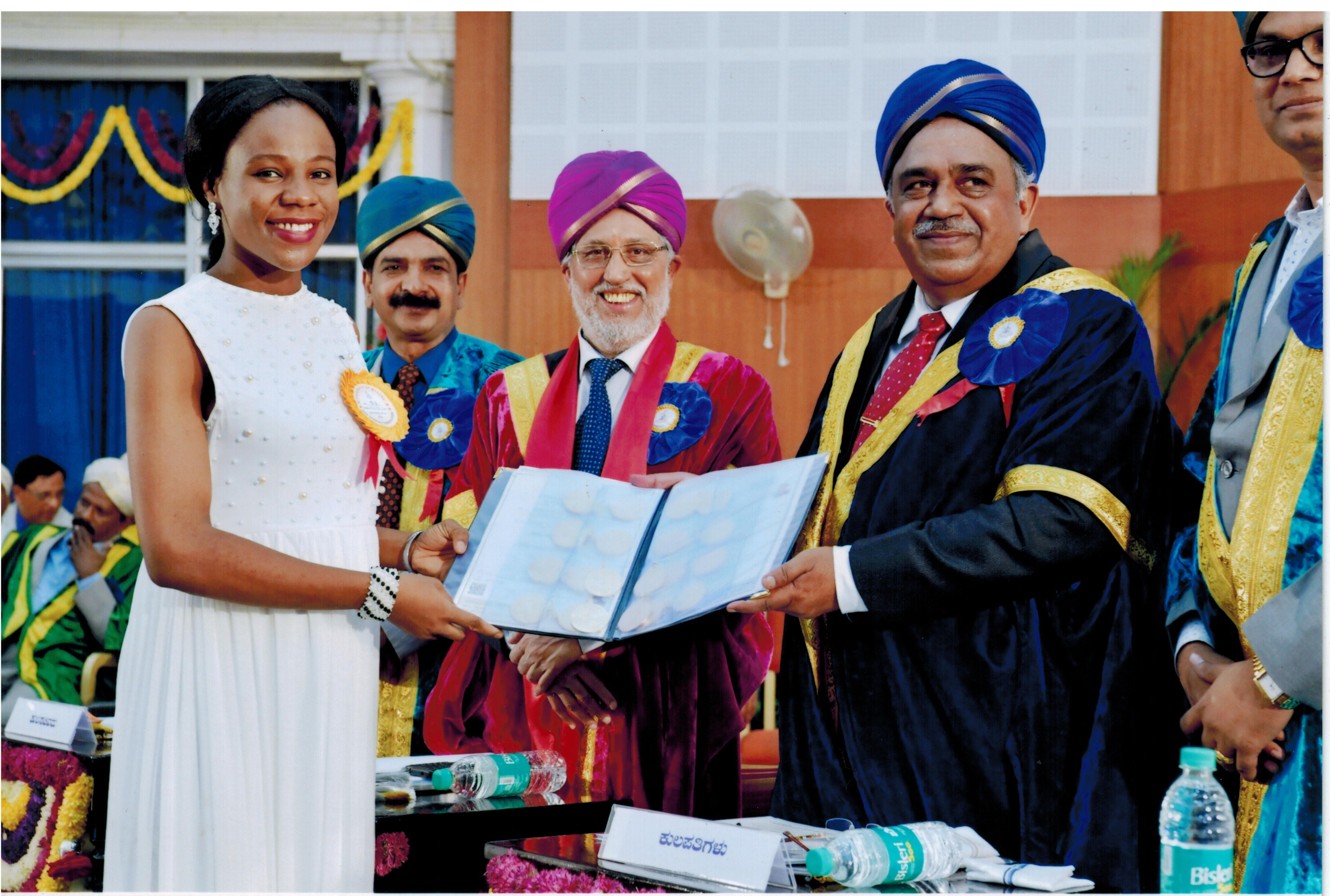Photo: Govt of India extends scholarship for Nigerian lady who broke 100 year university record, clinching 20 gold medals