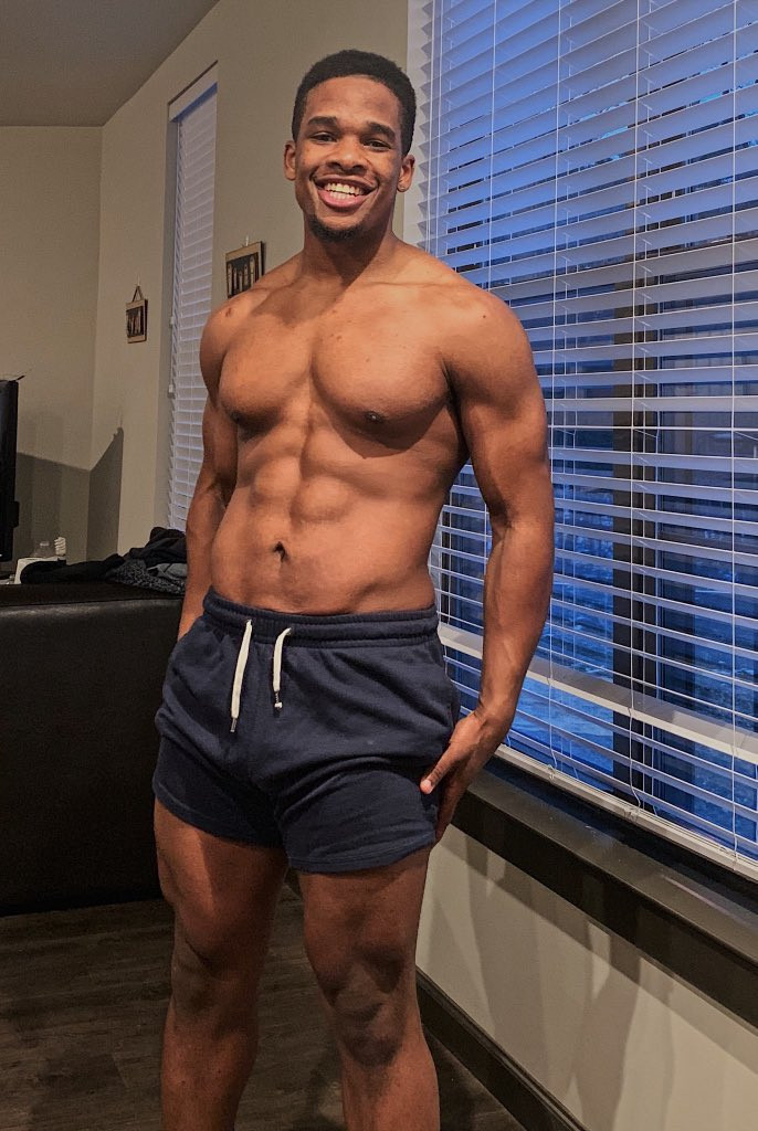 See how hot this young man now looks after 2-years of transforming his body (Photos)