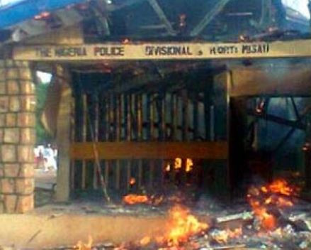 Police station burned down as bandits kill two policemen, two residents in Kaduna State
