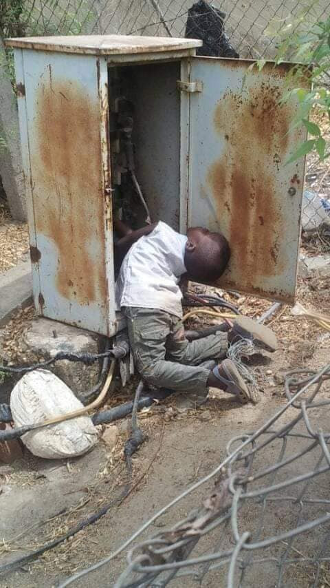 Graphic: Little boy electrocuted after walking into an open transformer in Niger state