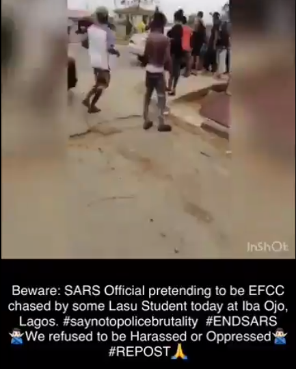 LASU students allegedly harass a SARS officer pretending to be EFCC (video)