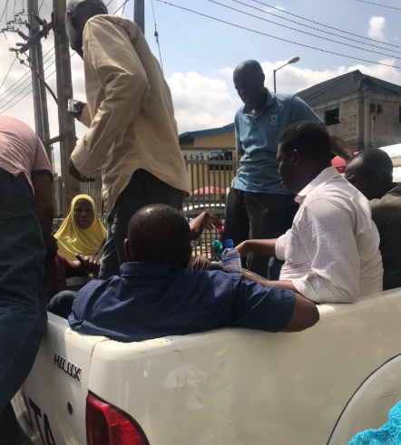 """Ambode I will fight you with every last drop of blood I have"" Woman threatens as her father and his colleagues are detained by the state government"