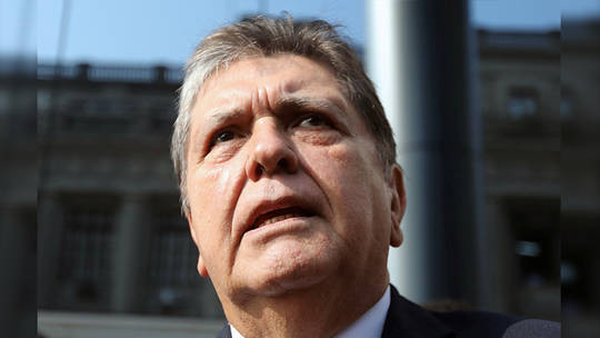 Update: Ex-Peruvian president who shot himself in the head moments after police arrived his home has died