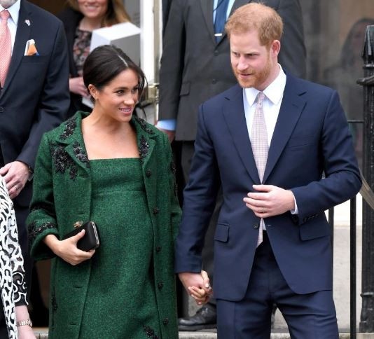 Prince Harry and Meghan Markel??to move to AFRICA after birth of their baby??