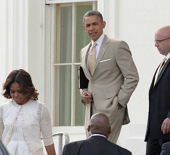 Former White House photographer gives the backstory to Barack Obama
