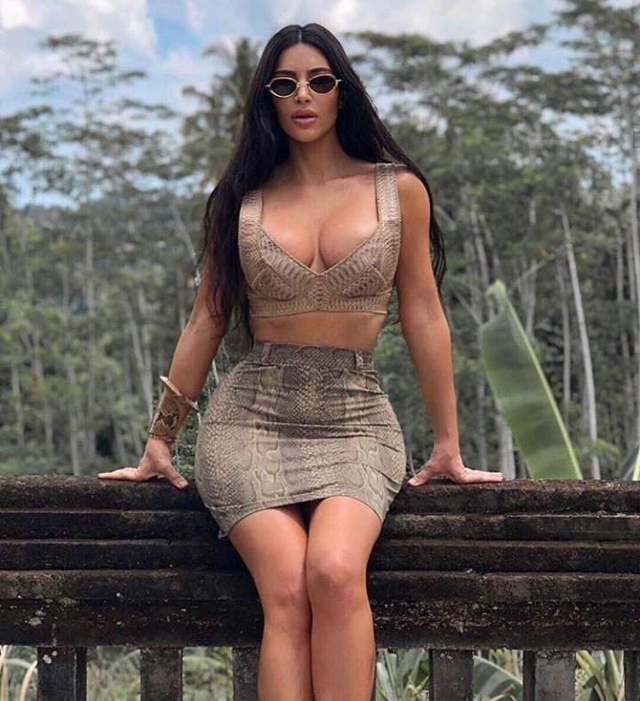 Lovely new photos of Kim Kardashian in Bali