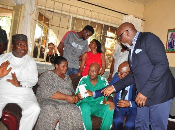 Photos: Femi Otedola fulfills $50,000 promise to Christian Chukwu?