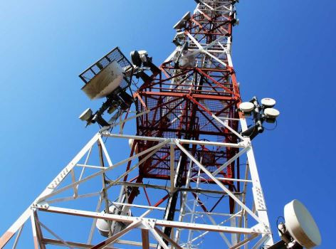 NCAA to demolish over 700 GSM masts posing?serious safety risk to aviation and air travel