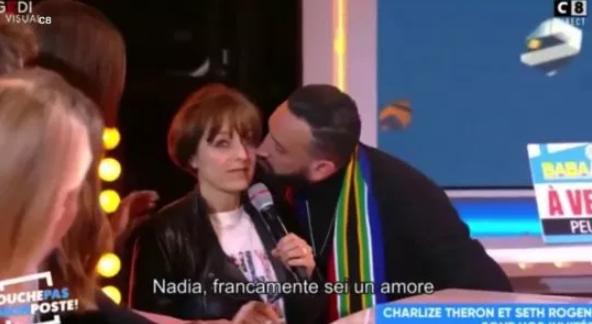 Charlize Theron scolds French TV presenter for kissing her interpreter