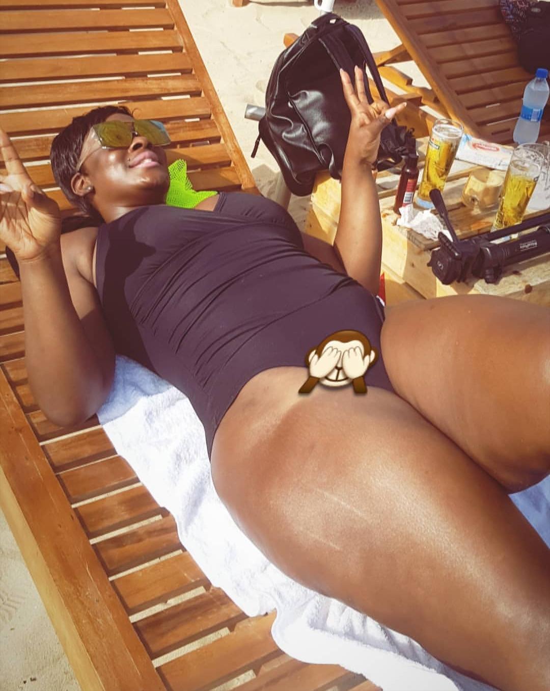 Melanin dripping! Uriel flaunts her hot bod in sexy swimwear