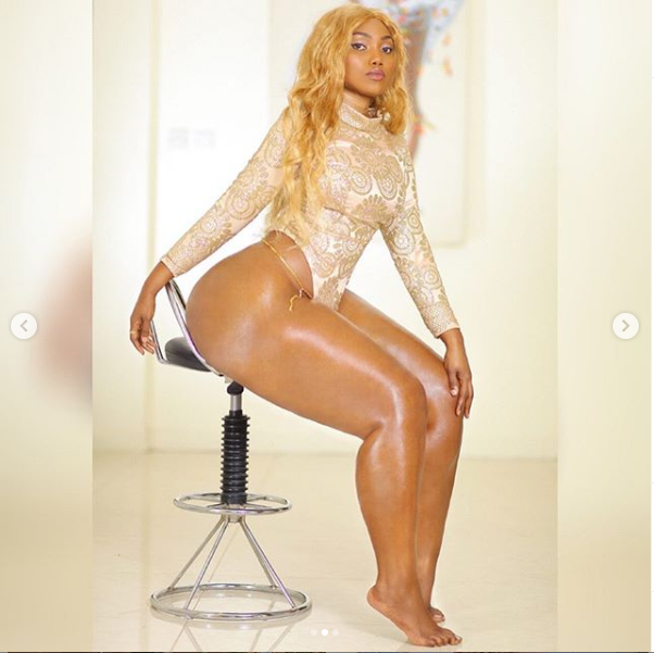 Endowed Tanzanian model, Sanchi showcases her killer curves in new sexy photos