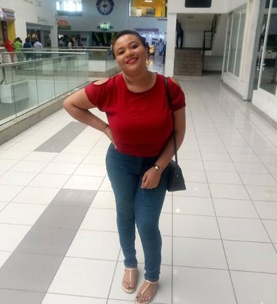 Honest Nigerian woman returns money a company she didn