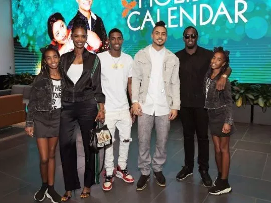 """Hurts so much"" Diddy breaks down in tears as he speaks about Kim Porter"