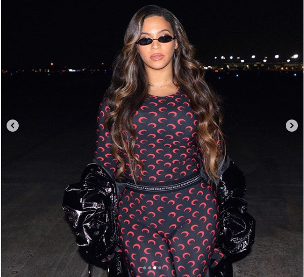 Beyonce shares stunning photos of her stylish look to the NBA game in Houston