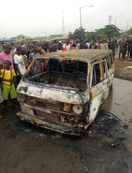 Commuters feared dead as cars are engulfed in flames after NNPC tanker spilled its content in Isolo