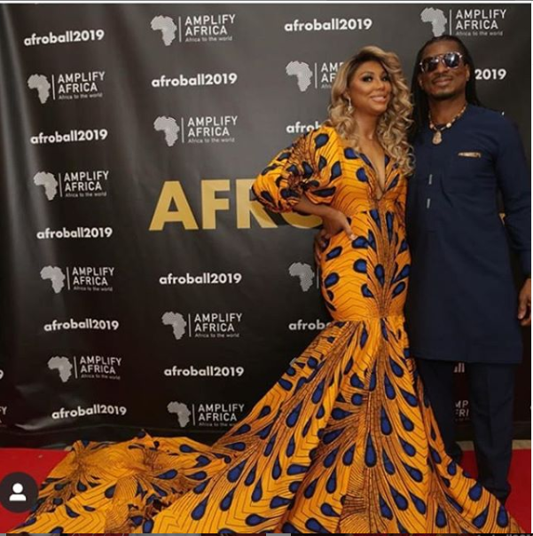 US singer, Tamar Braxton stuns in long Ankara dress as she poses with her Nigerian boyfriend, David Adefeso (Photos)