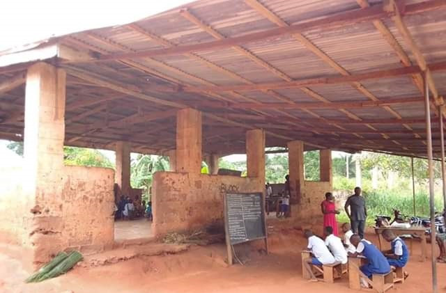"Photos: ""I sheded tears when I passed there"" - Man bemoans state of a primary school in Enugu State"