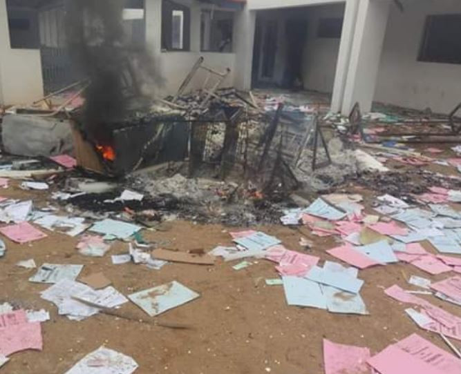 Management shuts down Osun State Polytechnic indefinitely after students burn down the campus medical center