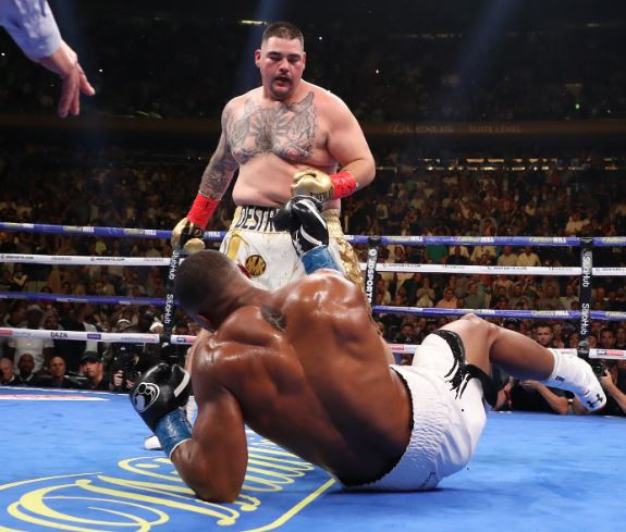 Breaking: Andy Ruiz Jr. knocks out Anthony Joshua in the 7th round to become world heavyweight champion