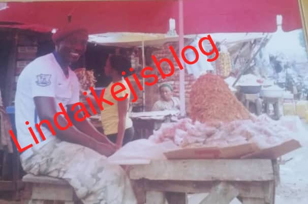 Meet man who makes a fortune selling crayfish in Abuja. He recently got married. (See photos)