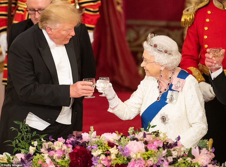 Here are more photos of President Trump and his family at the lavish State Banquet at Buckingham Palace?last night