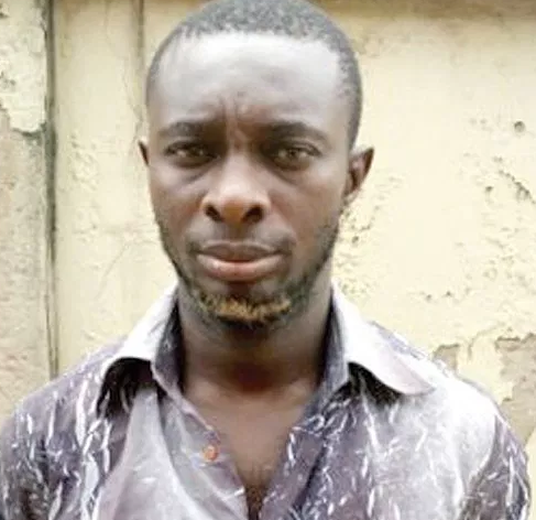 Arrested fraudster narrates how he can hack into any bank account and withdraw money from it even if phone is locked
