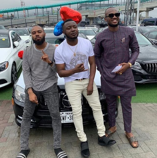 "MC Galaxy gifts a Benz to the producer of ""Sekem"" 5 years after he couldn"