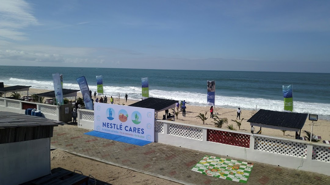 Nestle Nigeria Cleans Up the Oceanside on World Oceans Day