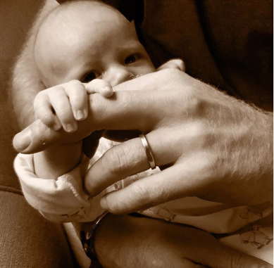 Prince Harry celebrates his first Fathers day with adorable photo of his son, Archie